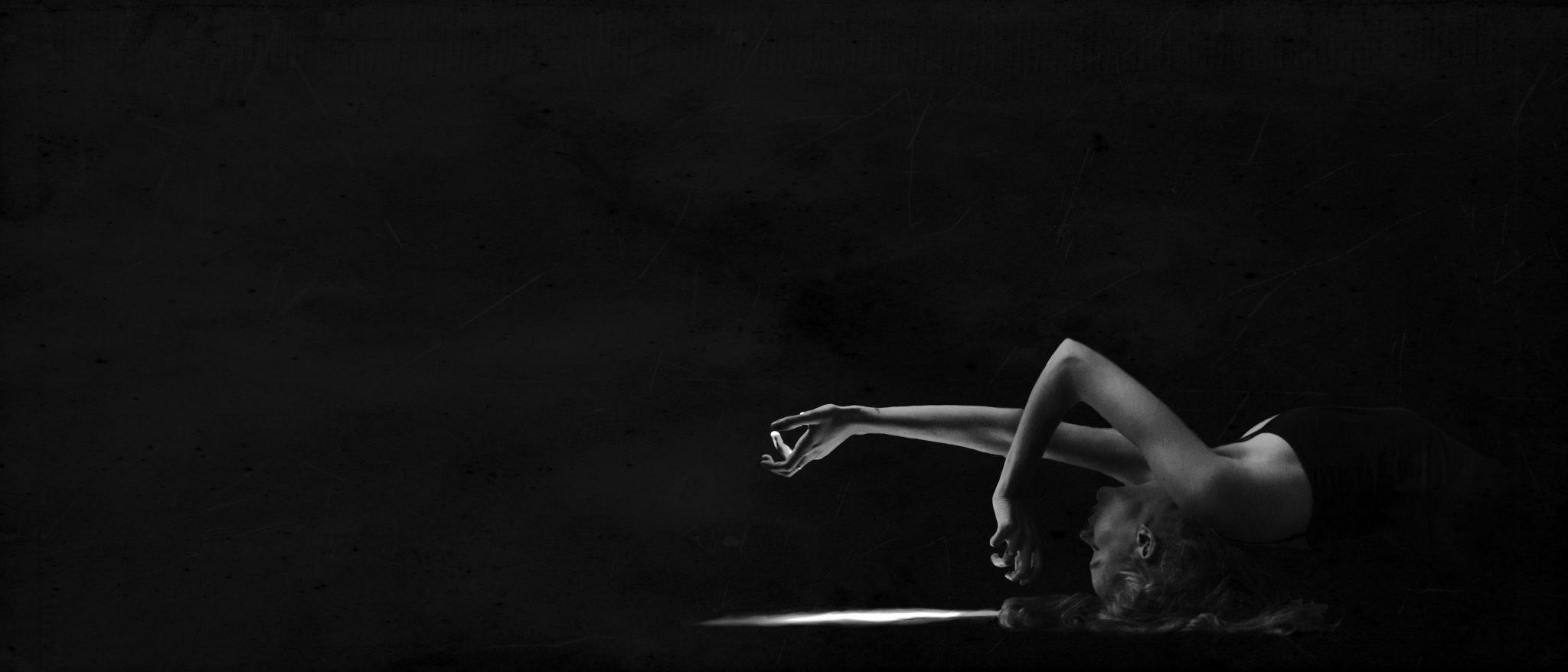 Dark Portrait Photography. | Videmus Art. Syd Wachs.
